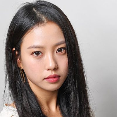 GO Min-si nel cast di Smugglers di RYOO Seung-wan